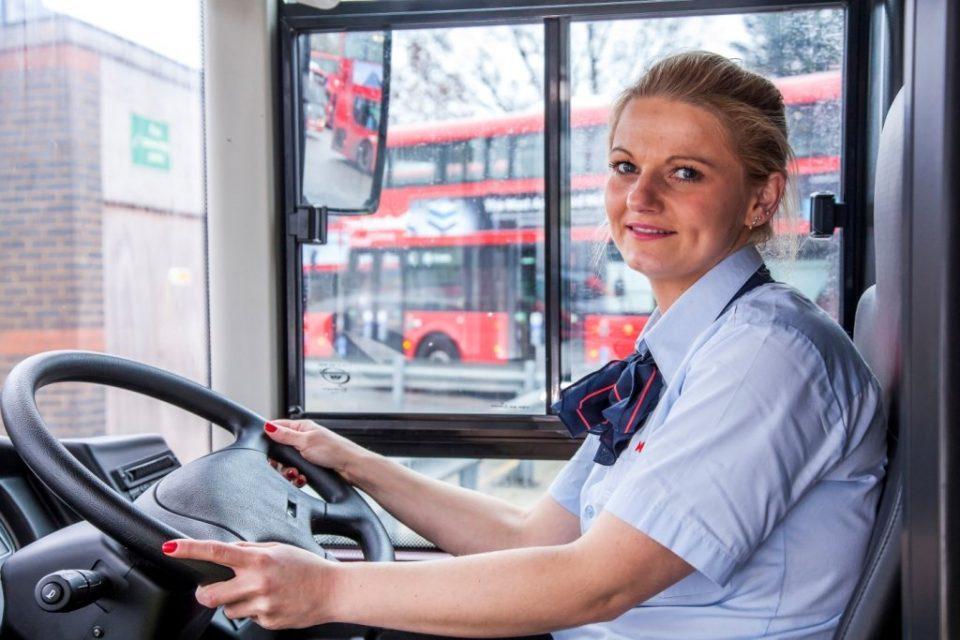 trabajo como conductor de autobuses en londres